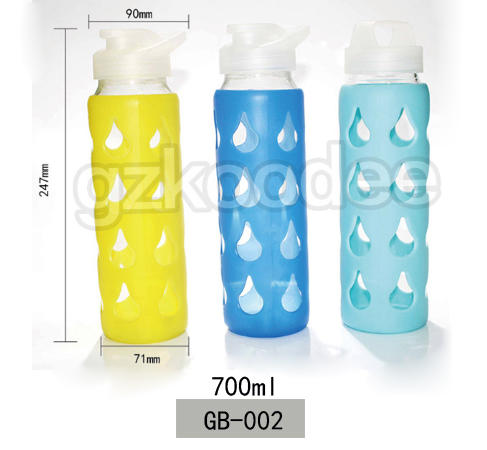 Borosilicate Glass Water Bottle With Silicone Sleeve Or Customized Logo 700ml Koodee