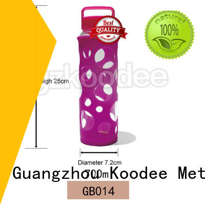 Koodee special design glass water bottle with silicone sleeve top brand for traveler