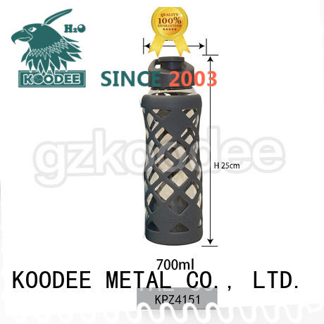 Koodee hot-sale glass drinking bottles silicone sleeve for beverage